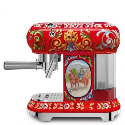 Кофеварка эспрессо Smeg ECF01DGEU